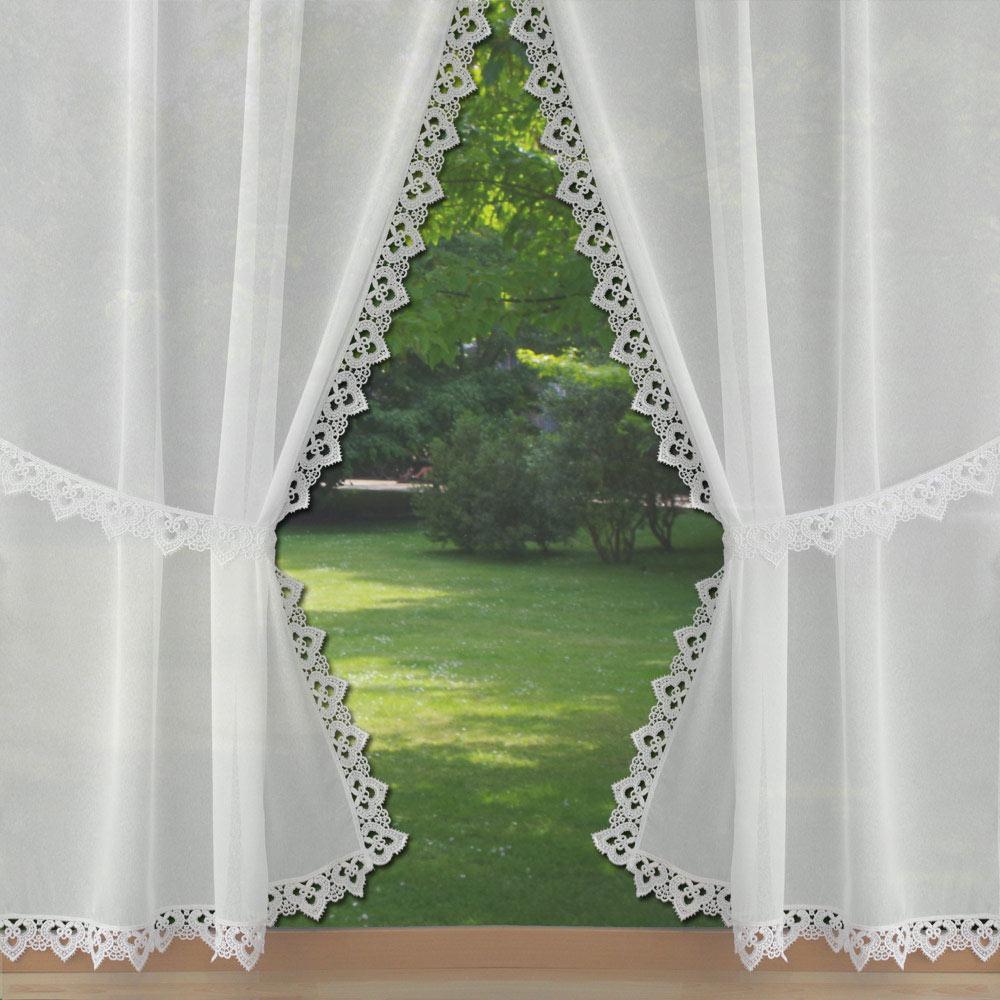 voilages style rideaux bonne femme avec une finition en macram. Black Bedroom Furniture Sets. Home Design Ideas