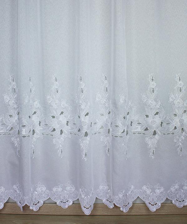 voilage romantique m tre tendance avec fleurs. Black Bedroom Furniture Sets. Home Design Ideas